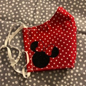 Glitter Minnie Mouse face mask adult